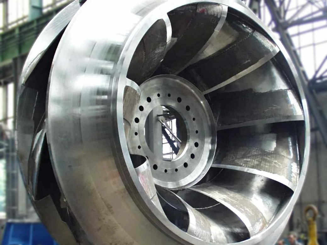 Francis reversible turbine